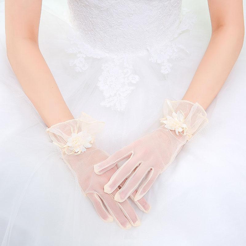 ウエディング グローブ 花嫁 小物 結婚式 ブライダル glove 花嫁手袋 驚きの値段で 二次会 シンプル ウェディンググローブ ショート 超激安特価 日よけを防ぐ ウエディング小物 シャンペン色 手袋 レディース