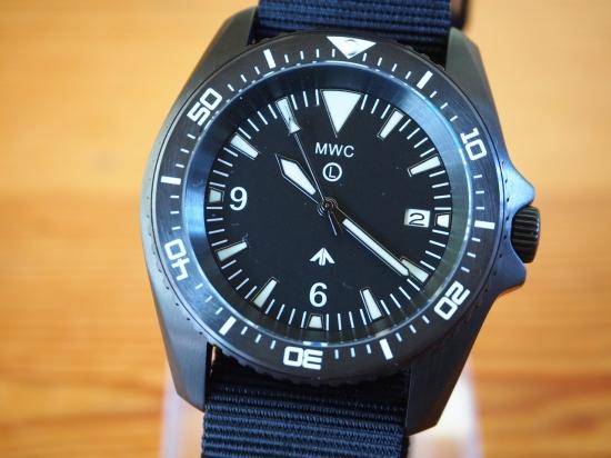 メンズ腕時計 ブランド ミリタリーウォッチカンパニー MWC 腕時計 ミリタリー ダイバー ヨーロッパ仕様 300m/1000ft サファイア風防 セラミックベゼル ドイツ海軍 フロッグマン SEIKO セイコー 自動巻 NH35A ハック、スリップファンクション PVD ブラック