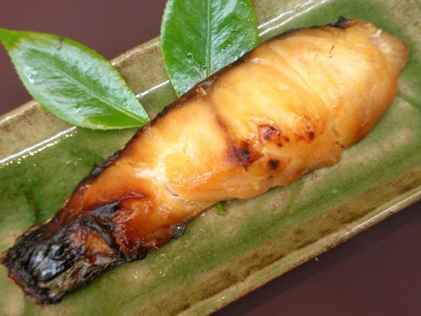 日本海産天然真鯛を特製の越後味噌に漬け込みました 天然真鯛の味噌漬 1切 定価の67%OFF 激安超特価
