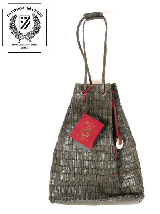 【国内正規品】 FATTORIA del CUOIO ファットリアデルクオイオ レザー 巾着バッグ ミニバッグ ハンドバッグ ステッチ 編み革 本革 ダークグリーン
