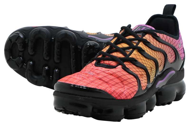 NIKE AIR VAPORMAX PLUS Nike air vapor max plus BRIGHT CRIMSONREFLECT SILVER