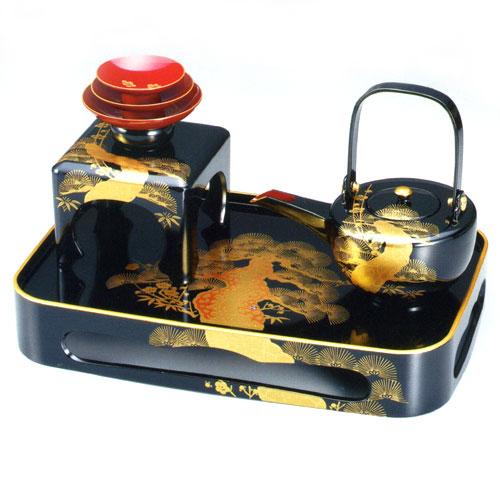 【送料無料】【名入れ無料 漆器】屠蘇器 黒塗り輪島型四ツ揃 老松