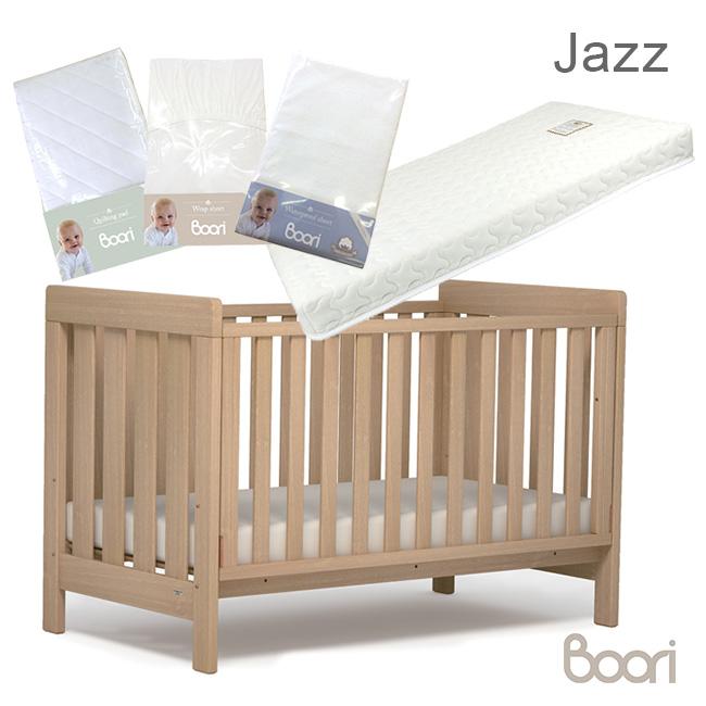◎Boori ブーリ ジャズ ベビー&キッズベッド+4点セット[0歳から2歳まで使える木製のベビーベッド 2歳から6歳までの子ども用のベッド 子供が使い終わってからは大人がソファとして使える ベビー寝具] メーカー直送