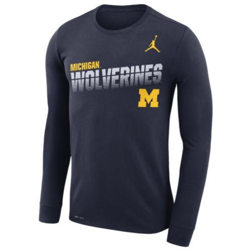 【送料無料+P3倍+クーポン】nike ナイキ 【メンズサイズ】 ジョーダン Jordan College Sideline Legend NCAA Michigan Wolverines長袖Tシャツ(College Navy) ロンT トップス
