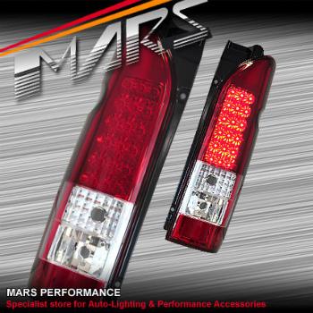 トヨタ ハイエース テールライト Clear Red LED Tail lights for Toyota Hiace VAN 05-16 Taillight クリアレッドトヨタハイエースVAN 05-16テールランプ用のテールライトをLED