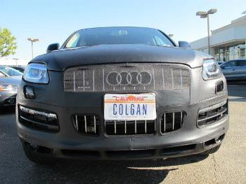 アウディ フルブラ Colgan Front End Mask Bra 2pc. Fits Audi Q7 2011-14 W/License Plate,With Washer コルガンフロントエンドは、バスト2PCをマスクします。洗濯機では、アウディQ7 2011から14 W /ライセンスプレートに適合