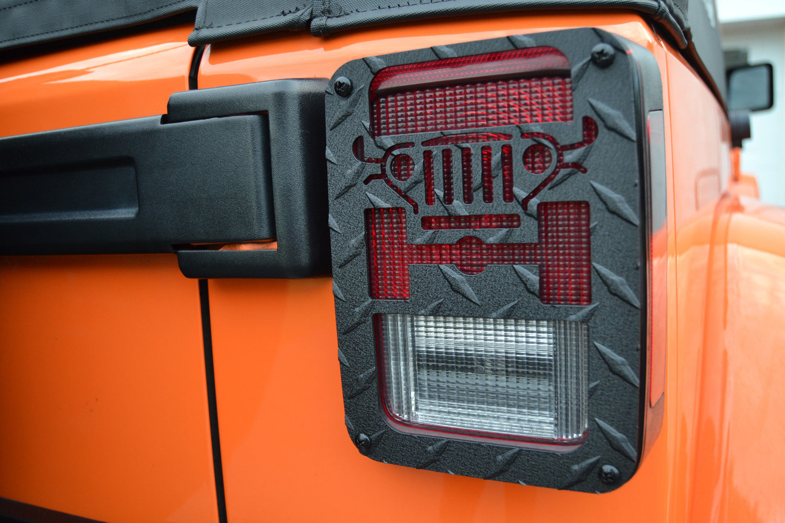 US ライトガード プロテクター ジープラングラーJK 2007-2017ジープツイークステールライトガードブラックJT01B Jeep Wrangler JK 2007-2017 Jeep Tweaks Tail Light Guards Black JT01B