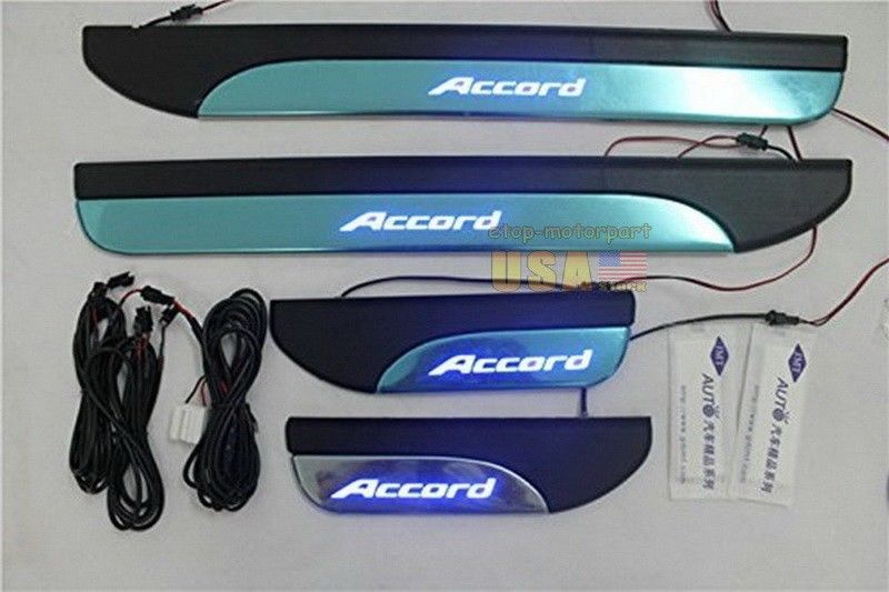 US ライトガード プロテクター 4ドアのステンレスシルプレートガード2013-2015青LEDライト 4 Door Stainless Sill Plate Guard For 2013-2015 Blue LED Light