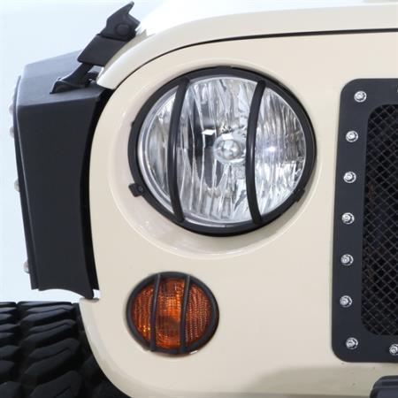 US ライトガード プロテクター ジープラングラーJKブラックフロントライトガードキット2007-2017 Smittybilt 5692 Jeep Wrangler JK Black Front Light Guard Kit 2007-2017 Smittybilt 5692