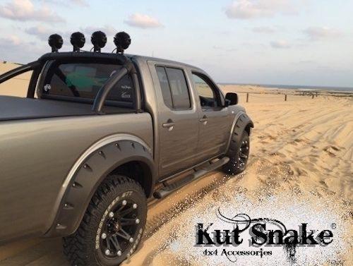 USワイドフェンダー 日産ナバラD40 2005-2015のKut Snake ABSフレア Kut Snake ABS Flares for Nissan Navara D40 2005-2015