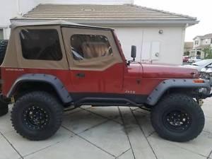 幌 1988-1995 Jeep Wrangler Half Door Replacementソフトトップ& スパイスで色づけされたWindows 1988-1995 Jeep Wrangler Half Door Replacement Soft Top & Tinted Windows in Spice