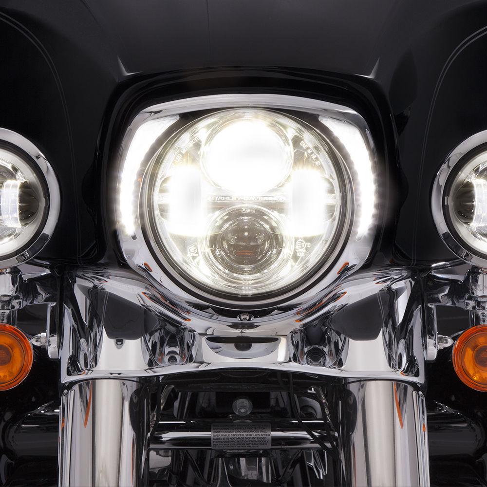 ヘッドライト Ciro Chrome L.E.D. ハーレー・ツーリングFLH / T 14-16用の牙ヘッドライト・ベゼル Ciro Chrome L.E.D. Fang Headlight Bezel for Harley Touring FLH/T 14-16