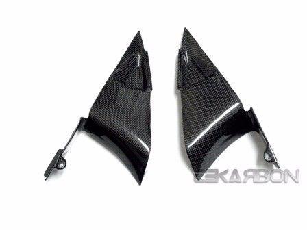 フェアリング honda 2007 - 2012ホンダCBR600RRカーボンファイバートライアングルサイドパネル - 1x1平織 2007 - 2012 Honda CBR600RR Carbon Fiber Triangle Side Panels - 1x1 plain weave