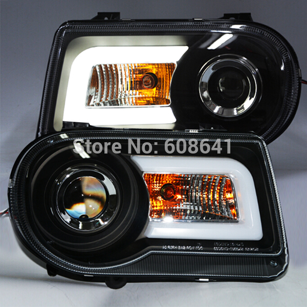 USヘッドライト[右ハンドル・日本仕様]クライスラー300c用ledヘッドライトエンジェル?アイズ2005-2010年snFo For Chrysler 300C LED Head Light Angel Eyes 2005-2010 Year SN