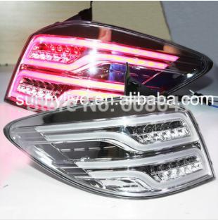 USテールライト[右ハンドル・日本仕様]2009年?2014年ハッチバッククルーズは、ベンツスタイルのクロームハウジング200 2009-2014 year Hatchback Cruze LED Taillights Rear Light for Ben-Z Style Chrome Housing