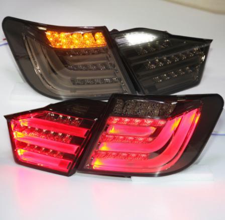USテールライト[右ハンドル・日本仕様]TOYOTA 2012年?13年Camry Aurion LEDテールランプ用BMWス For TOYOTA 2012-13 year Camry Aurion LED Tail Lamp for BMW Style Smoke Black Color V2