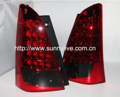 USテールライト[右ハンドル・日本仕様]Innova LEDテールランプ2009-2014年Red Black Colorfo for Innova LED Tail Lamp 2009-2014 year Red Black Color