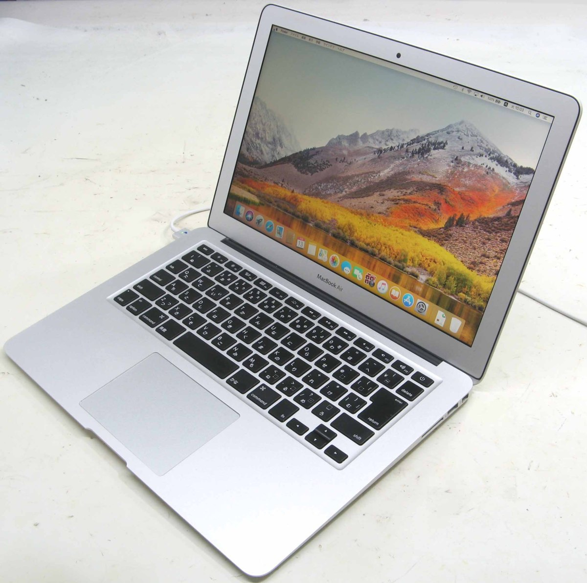 Apple MacBook Air MD761J/A