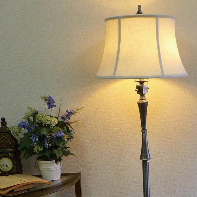 スタンドライト フロアライト スタンドランプ モダン シルバー アンティーク ランプ ライト フロアランプ フロアスタンドライト アンティーク調 おしゃれ ベッドランプ ベッドサイド 高級 寝室 クラシック テイスト LED シェード シェードランプ アメリカン BO-2443-FL-AS