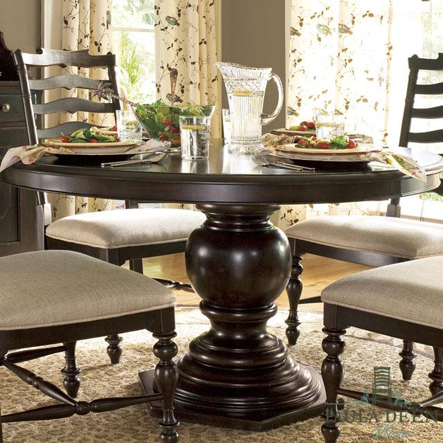 ダイニングテーブル 4人掛け 6人掛け 伸縮 伸長式 丸テーブル ダーク ブラウン 茶 丸 円型 楕円 フレンチ カントリー 高級 アンティーク アンティーク調 シャビーシック おしゃれ ダイニング テーブル 4人 6人 Paula Deen UNIVERSAL