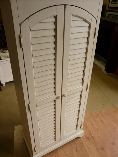 【楽天市場】ワードローブ 収納棚 キャビネット 食器棚 白 ホワイト アイボリー クローゼット アンティーク