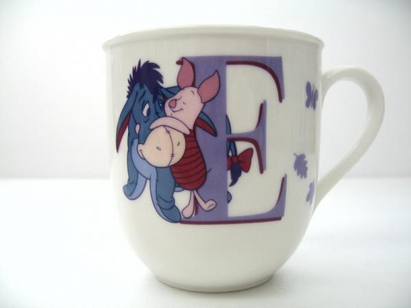 イニシャルマグ Cup (E) Disney