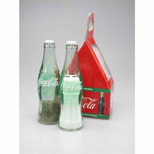 テーブルに爽快コーラグッズをご提案 コカコーラ 営業 コカコーラグッズ COKE 人気ショップが最安値挑戦 ボトルデザイン ソルト ペッパー アメリカーンスタイル