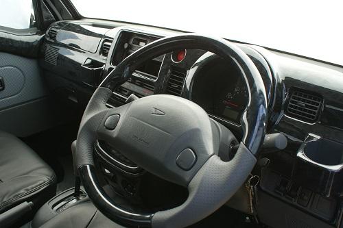 S200系ハイゼット後期・サンバー・ピクシスガングリップスポーツタイプステアリング(エアバック付車専用)