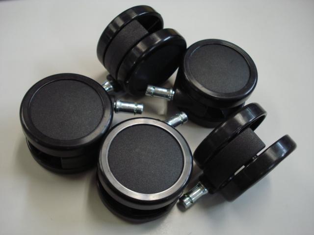ナイロンキャスター(5個組)【 Steelcase 社製 】Gestureチェア用差し込み式で簡単交換!