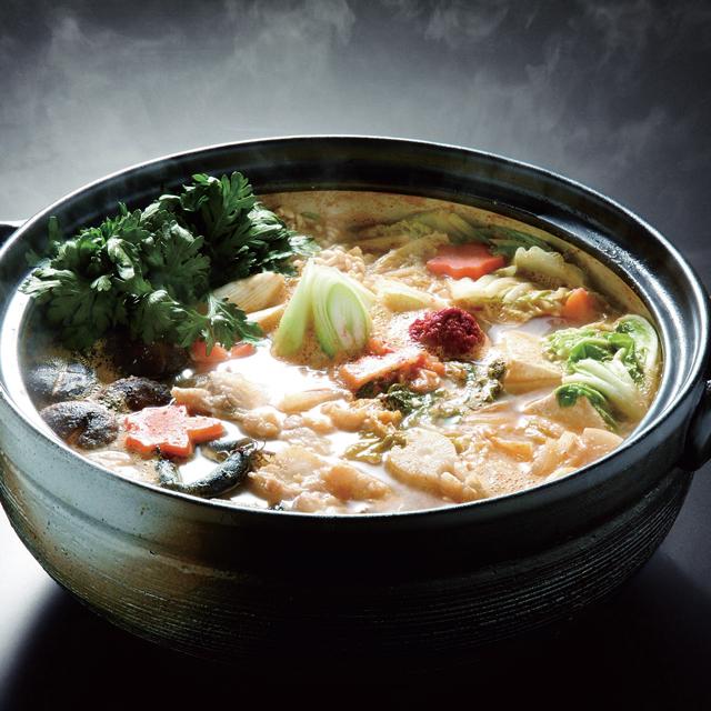 コラーゲンたっぷり お肌にも嬉しいあんこう鍋は常磐地方漁師の伝統料理 情熱セール あんこう鍋米粉麺セット 予約販売