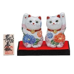 K5-1546 九谷焼 3.2号ペア招き猫 花づくし(台付)