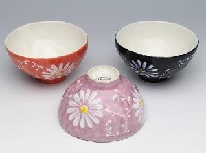 瀬戸焼 白絵花唐草 飯碗3色セット(紅/紫/紺)