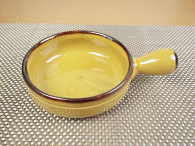 直径17.5cm、取っ手の付いたのキャセロールです。 【直火】ラ・プシェロ 7吋片手キャセロール【鍋】【耐熱】【陶器】