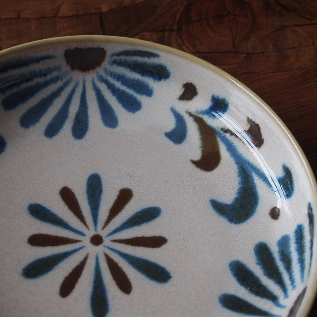 6寸長角焼物皿琉球てぃーだ焼き物皿長角皿小判皿やちむん風沖縄南国かりゆし和食器オシャレ賑やかおしゃれプレート安い食器鉢お皿美濃焼