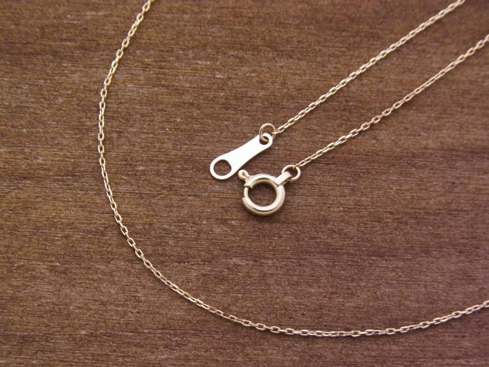 18k イエローゴールド  カット アズキ チェーン  0.7mm幅 40cm(アジャスター管で37cm使用可)  18金 ネックレス