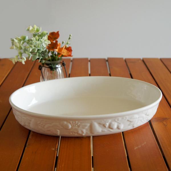プロが使う本格仕様 ラザニア フルーツレリーフ 白 ミディアム26センチ /TOJIKI TONYA/グラタン/耐熱/オーブン料理/白い食器