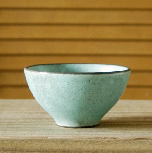 産地の手仕事シリ-ズ 趣のある土物 至上 休日 和食器 五色飯碗 大 TOJIKITONYA トルコマット