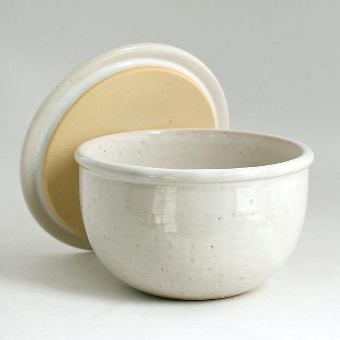 ちょうどお茶碗一杯分の大きさです おひつ一膳 白 TOJIKITONYA 耐熱食器 オーブンok おひつ 売れ筋 公式ストア おしゃれ 人気 商い