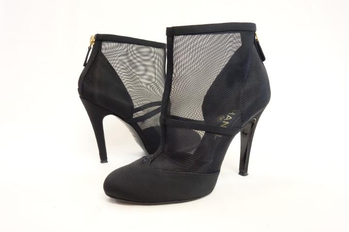 c671064d6a5d used brand store VANITA  CHANEL Chanel see-through boots black shoes ...