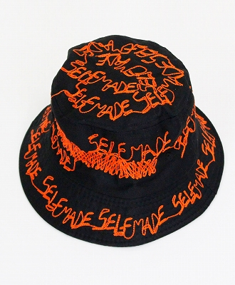 SELF MADE BY GIANFRANCO VILLEGAS(セルフメイド バイ ジャンフランコ ヴィレガス) バケットハット Bucket hat with embroidery [19SM0ACC035] BLACK/ORANGE