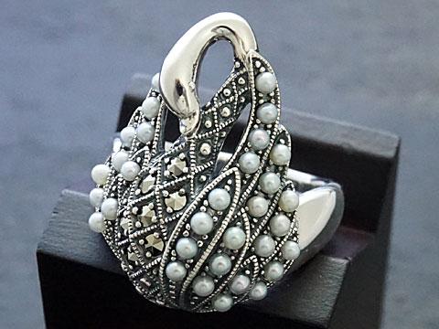 【Rokuzan/碌山】【白鳥/ハクチョウ/スワン】 Silver925/シードパール/マルカジット アンティークデザイン/リング
