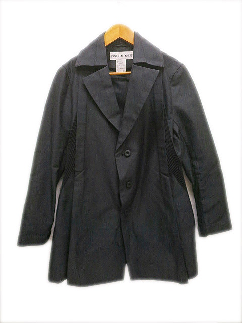 イッセイミヤケ ISSEY MIYAKE 袖プリーツ コート2 黒ブラック レディース 【中古】【ベクトル 古着】 190205 プリマベーラ