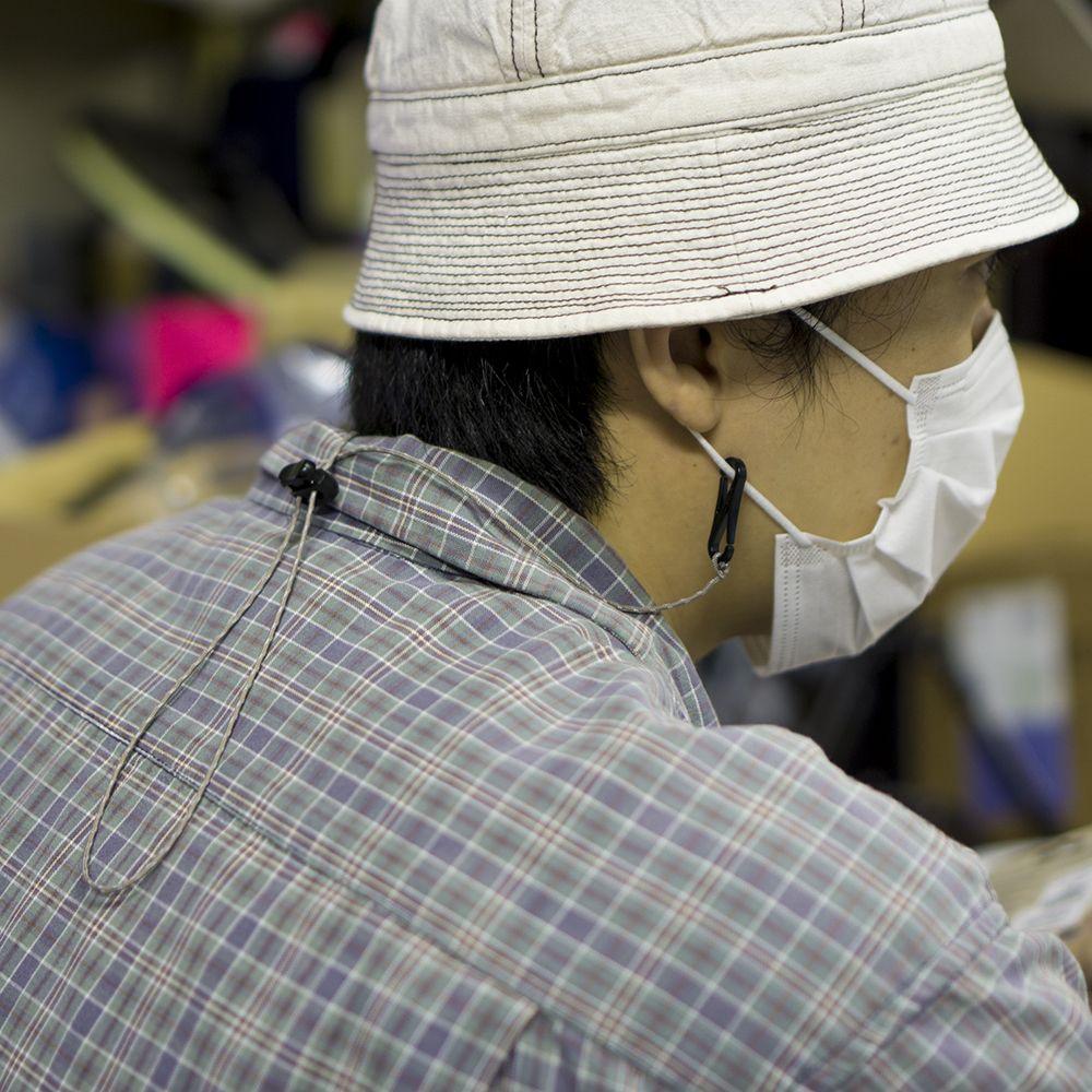 マスクを首から下げる為のマスクコード グレージュ ブルーラグ BLUE LUG mask cord Graige