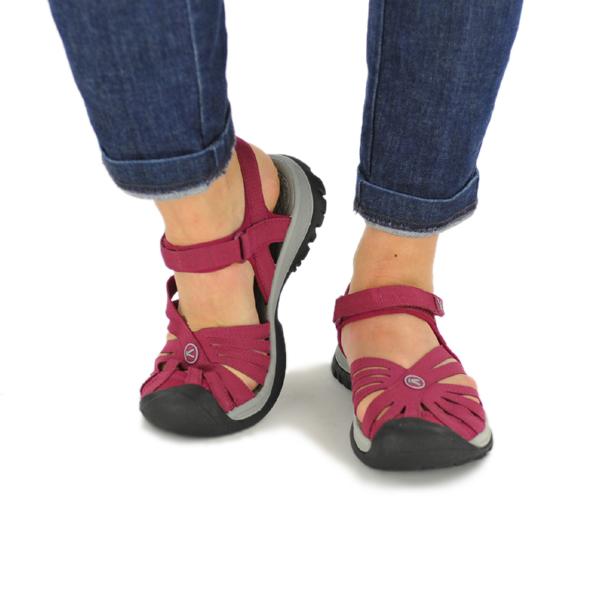 vic2rak  Kean KEEN Womens Rose Sandal BeetRed NeutralGray  Rose ...