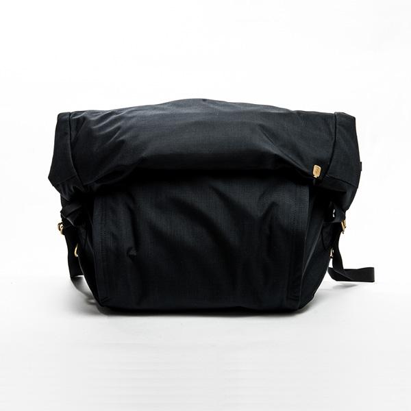 サードアイチャクラ The 3rd Eye Chakra The Field Bag #002 14L Black [fb002-m-bk][2019年新作]