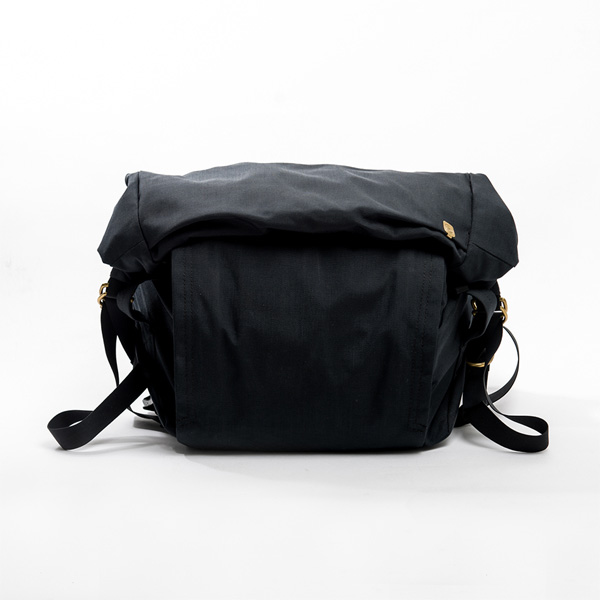 サードアイチャクラ The 3rd Eye Chakra The Field Bag #002 MINI 8L Black [fb002-mini-bk][2019年新作]