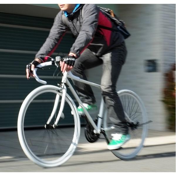 ロードバイク 700c(約28インチ)/ホワイト(白) シマノ21段変速 重さ/14.6kg 【Grandir Sensitive】【代引不可】 送料込!