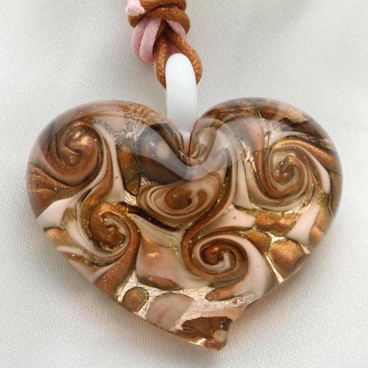 ベネチアングラス ネックレス 大きなぷっくりハート ピンク&ゴールド ベネチアングラス 職人の技をご堪能ください