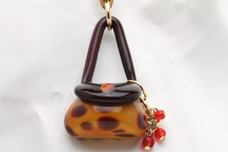 ベネチアンガラス バッグスタイルネックレス キリン バッグの形をしたネックレス 気分を変えたい時にぜひ