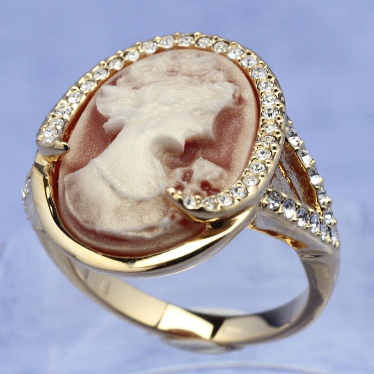 スワロフスキー リング カメオ ゴールド クリスタル 指輪 オリバーウェバー(OLIVER WEBER) プレゼント メンズ レディース あなたのハートを鷲掴み 誕生日 おしゃれ ギフト